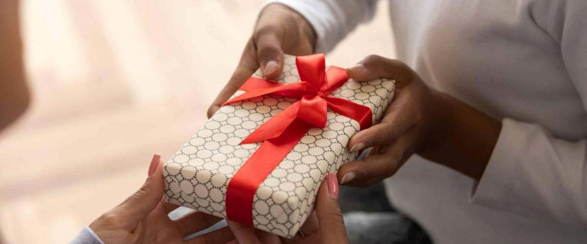 Handing over gift