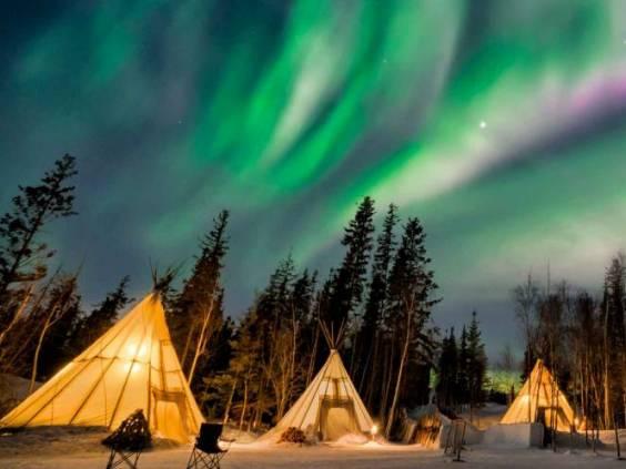 A wonderful night the northern lights at Aurora Village in Yellowknife.