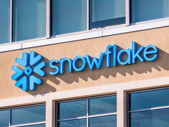 Snowflake data platform building