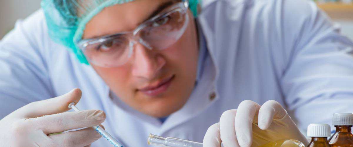 Biotechnology scientist working in the laboratory